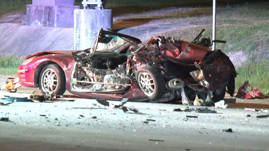 One person died after a driver blew through a red light in northern Harris County, sparking a three-car wreck. Photo: Metro Video