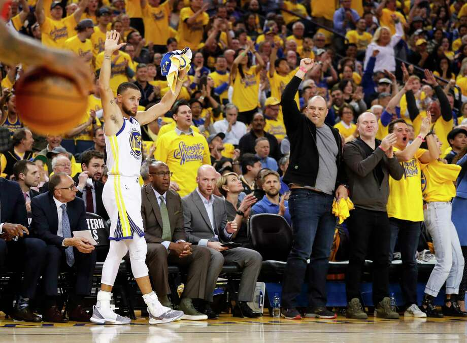 Golden State Warriors' Stephen Curry reacts in the first quarter during game 3 of the Western Conference Finals between the Golden State Warriors and the Houston Rockets at Oracle Arena on Sunday, May 20, 2018 in Oakland, Calif. Photo: Scott Strazzante, The Chronicle / online_yes