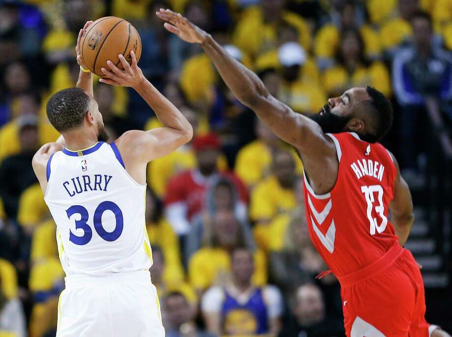 PHOTOS: More from Game 3 of the Rockets-Warriors series