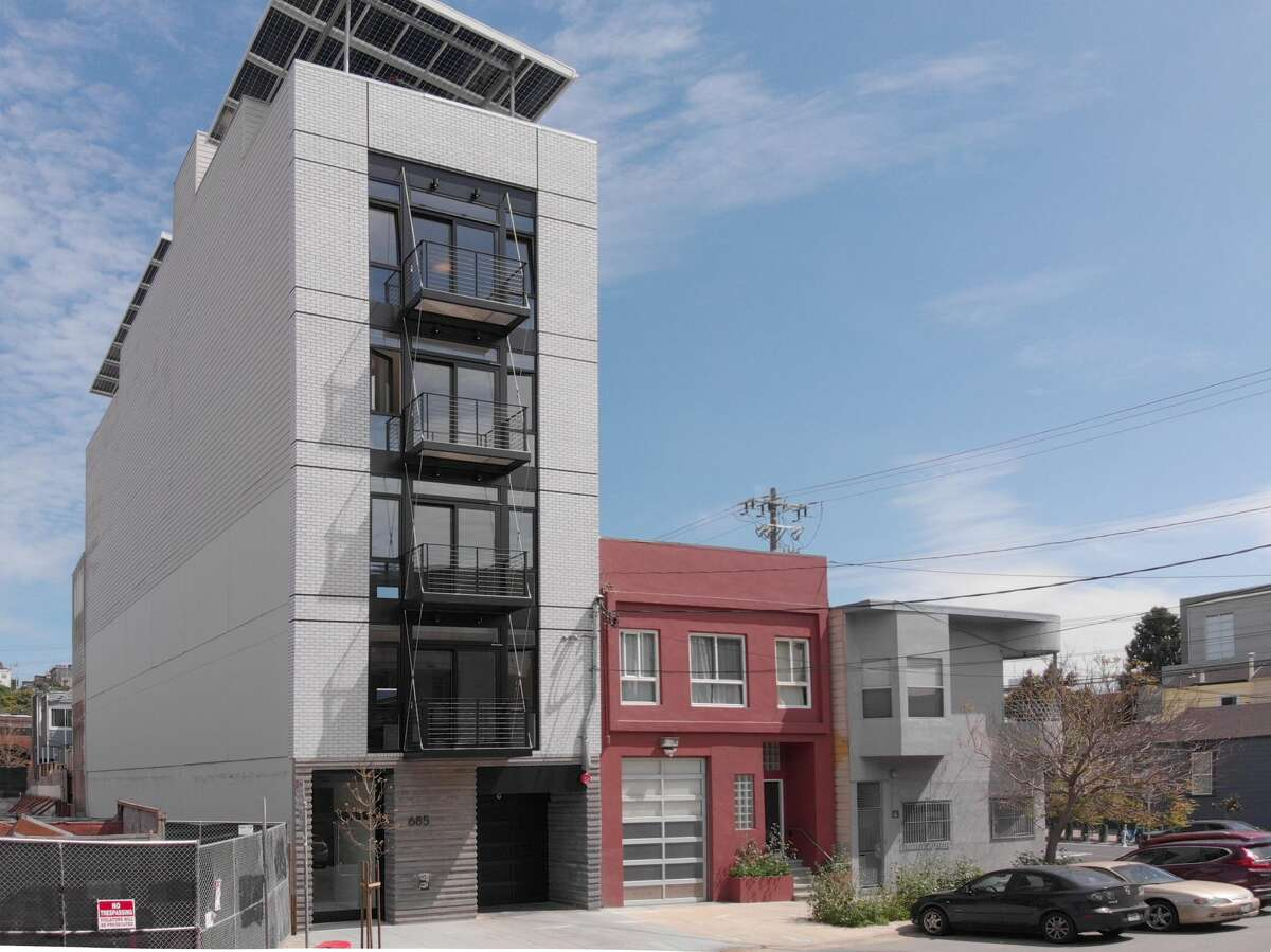 685 Florida St. in the Inner Mission, known as Sol Lux Alpha, is San Francisco's first Passive House condominium complex.
