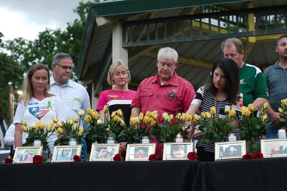 Vigil at League City Walter Hall Park following Santa Fe High School shooting tragedy Photo: Kirk Sides/Houston Chronicle