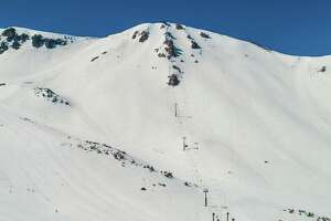 """Mammoth   currently has an 85"""" base at the summit (most in the country outside of the Mt Hood resorts)."""