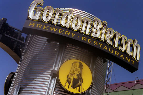 CA.Biersch.Sign.RDL (9/17/98) (Anaheim, CA) The exterior of the Gordon Biersch brewery restaurant in Orange. TIMES PHOTO BY ^^^ (Photo by Robert Lachman/Los Angeles Times via Getty Images)