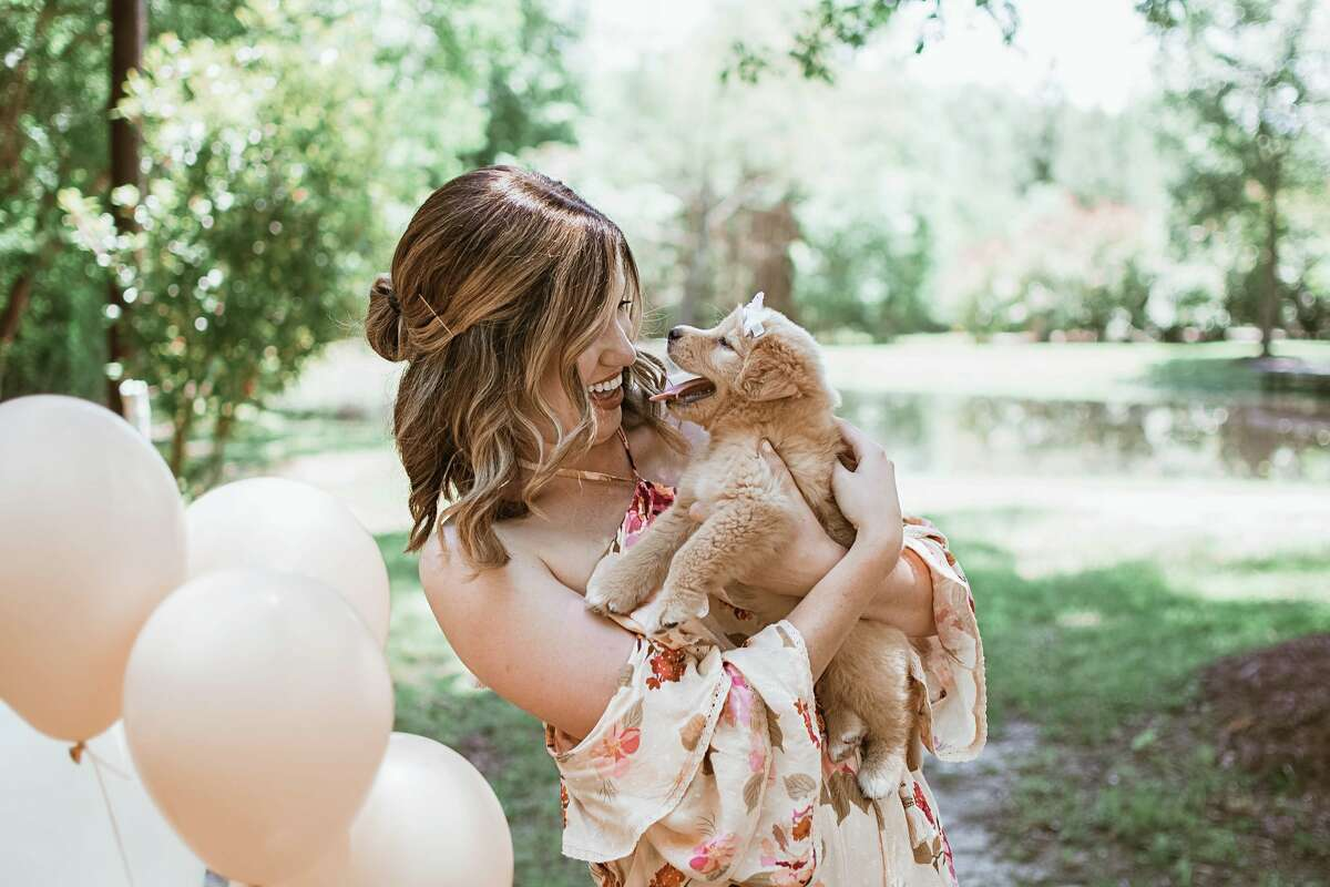 Texas Woman S Adorable Puppy Reveal Goes Viral For All The Right Reasons