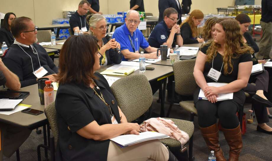 A tabletop exercise in February 2018 was part of a major effort by Arizona to prepare for a mass exodus of Californians in the event of a major earthquake. Photo: Arizona Department Of Emergency And Military Affairs