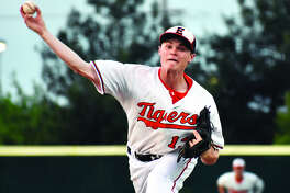 Edwardsville reliever Jonathon Yancik delivers a pitch in the sixth inning of Monday's non-conference victory over Waterloo.