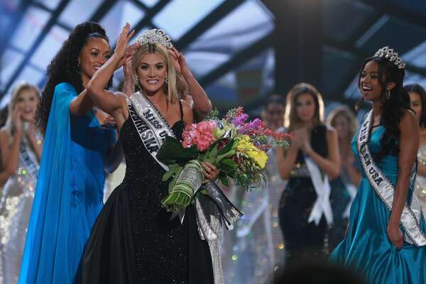 SHREVEPORT, LA - MAY 21:  Miss Nebraska Sarah Rose Summers is crowned by Miss USA 2017 Kara McCullough, Miss Universe 2017 Demi-Leigh Nel-Peters and Miss Teen USA 2018 Hailey Colborn after winning the 2018 Miss USA Competition at George's Pond at Hirsch Coliseum on May 21, 2018 in Shreveport, Louisiana.  (Photo by Matt Sullivan/Getty Images)