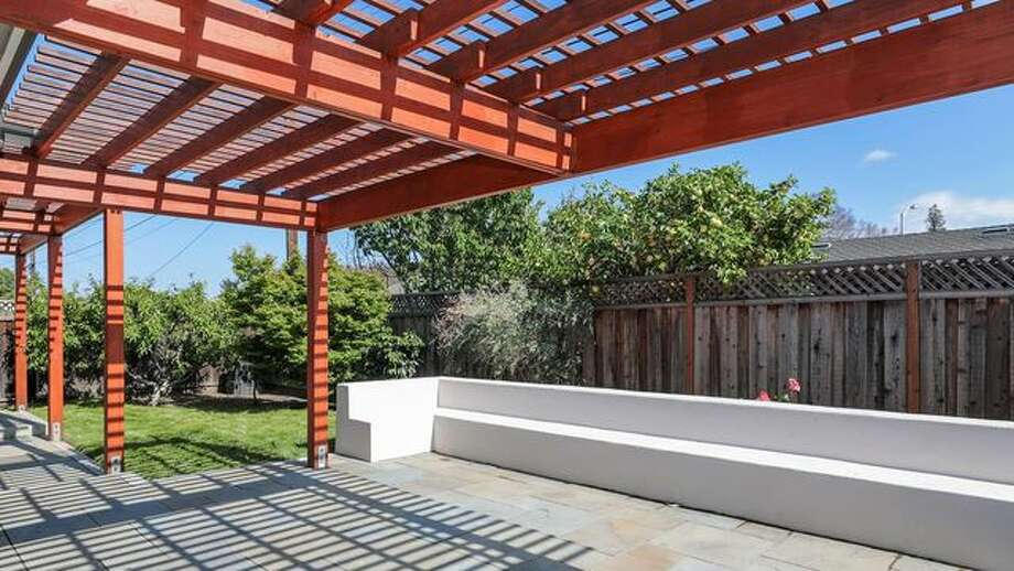 Photo: Realtor.com - What Is A Pergola? Fall In Love With Your Yard Again Thanks To This