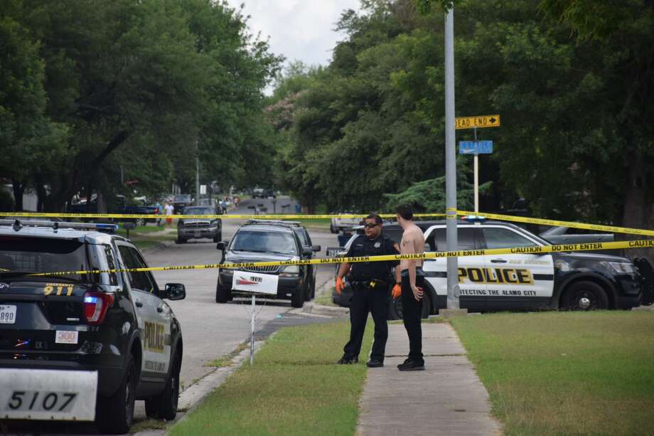 San Antonio police are investigating a shooting at a home in the 5100 block of Sierra Madre Drive on Tuesday, May 22, 2018. Photo: Caleb Downs / San Antonio Express-News