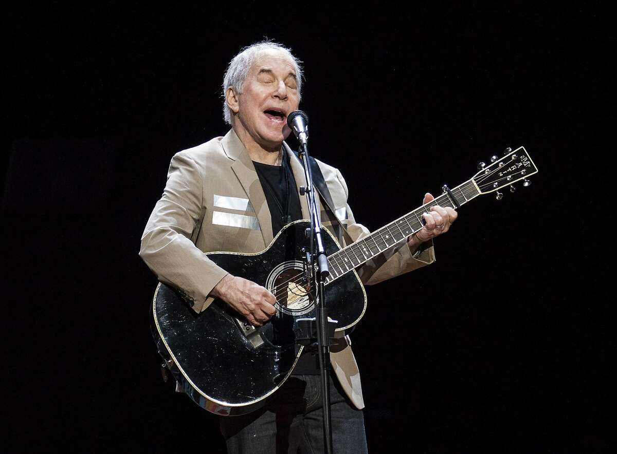 """Paul Simon kicked off his """"Homeward Bound"""" tour in Vancouver."""