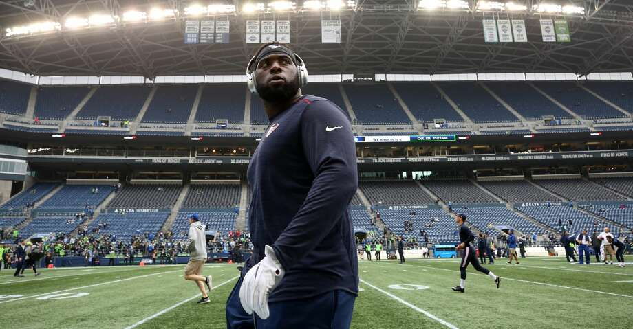 The Texans defensive line had its share of injuries in 2017 but that gave tackle Brandon Dunn a chance to get some playing time and earn the attention of the team's coaches. Photo: Godofredo A. Vasquez/Houston Chronicle