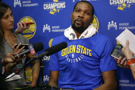 Warriors Kevin Durant (35) speaks to the media during the Golden State Warriors practice session in downtown Oakland, Ca., on Mon. May 21, 2018.
