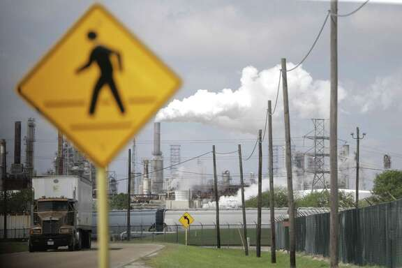 A pedestrian cross walk near the Shell Deer Park refinery on Thursday, March 29, 2018, in Deer Park, Texas ( Elizabeth Conley / Houston Chronicle )
