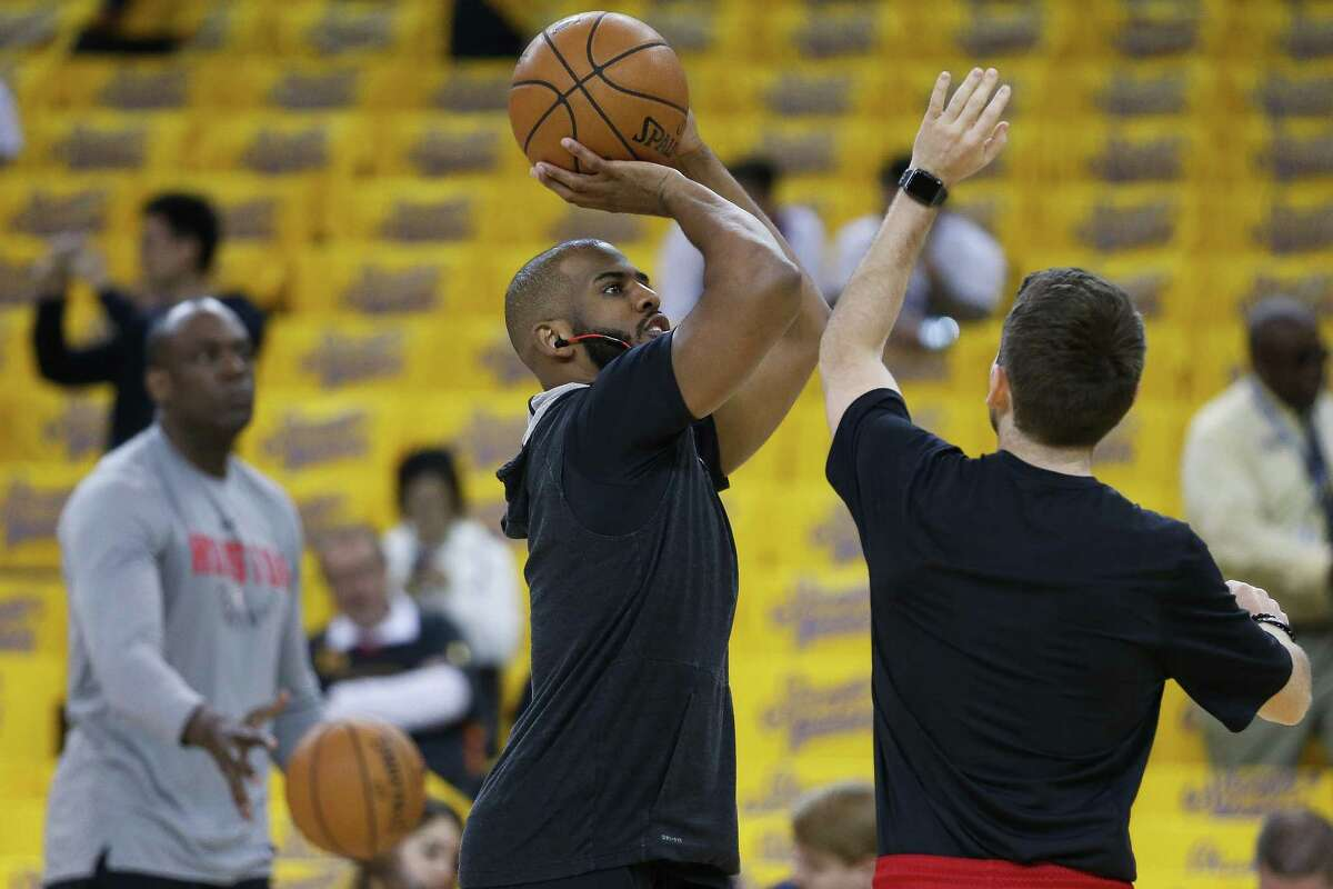 Houston Rockets guard Chris Paul (3) warms up before Game 4 of the Western Conference Finals at Oracle Arena Tuesday, May 22, 2018 in Oakland. (Michael Ciaglo / Houston Chronicle)