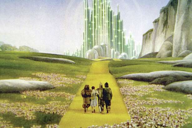 Celebrate the end of school and start of summer with a concert and movie! On Thursday, May 31, journey over the rainbow and down the yellow brick road with the Houston Symphony at The Wizard of Oz—Film with Live Orchestra, sponsored by Huntsman.