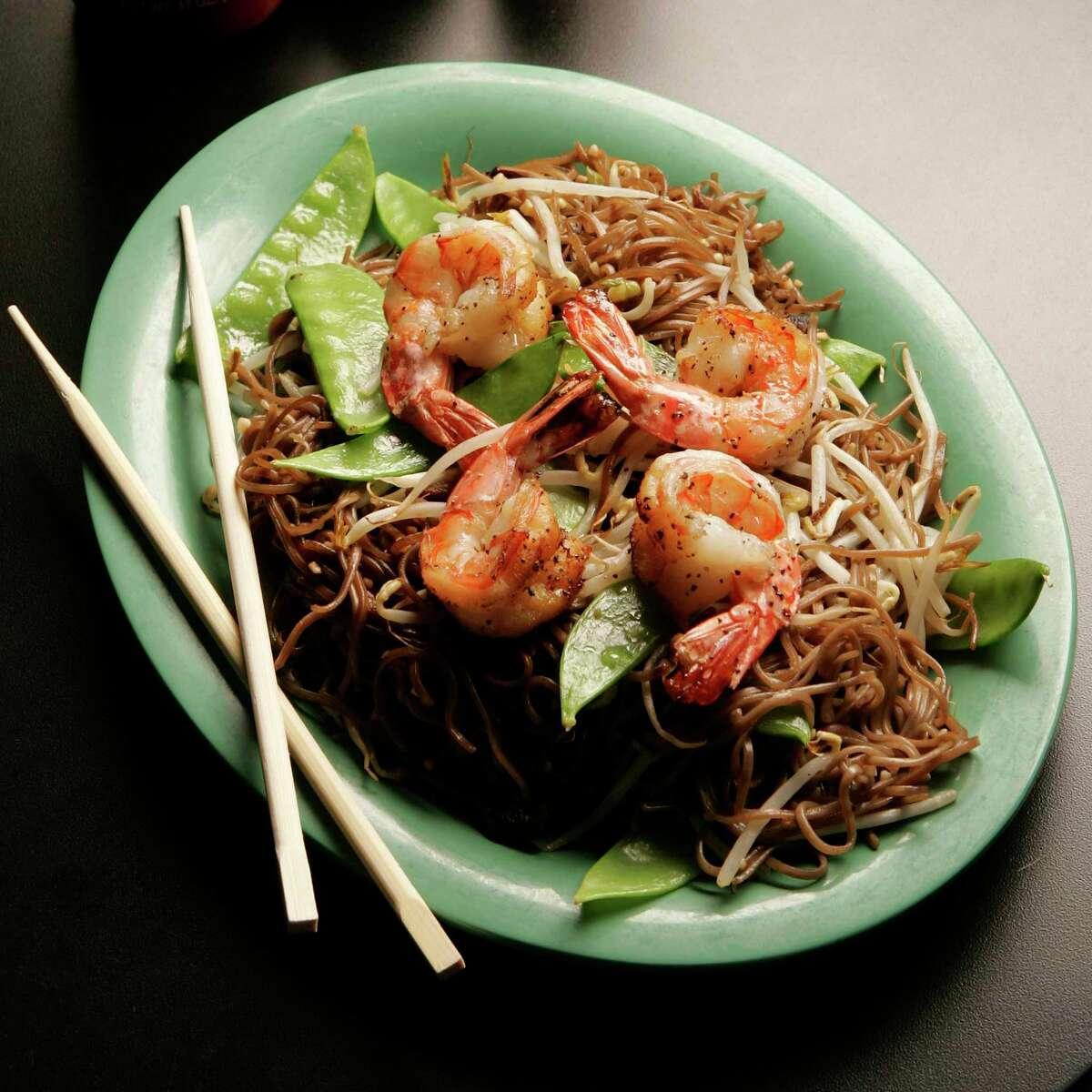 Jenni's Noodle House: Buddha soba with shrimp