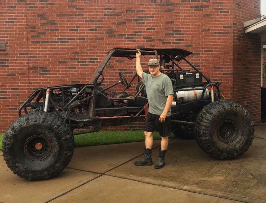Modern Day Pirate member Keith Kaminski and his rock crawler rescued flooded families during Hurricane Harvey.