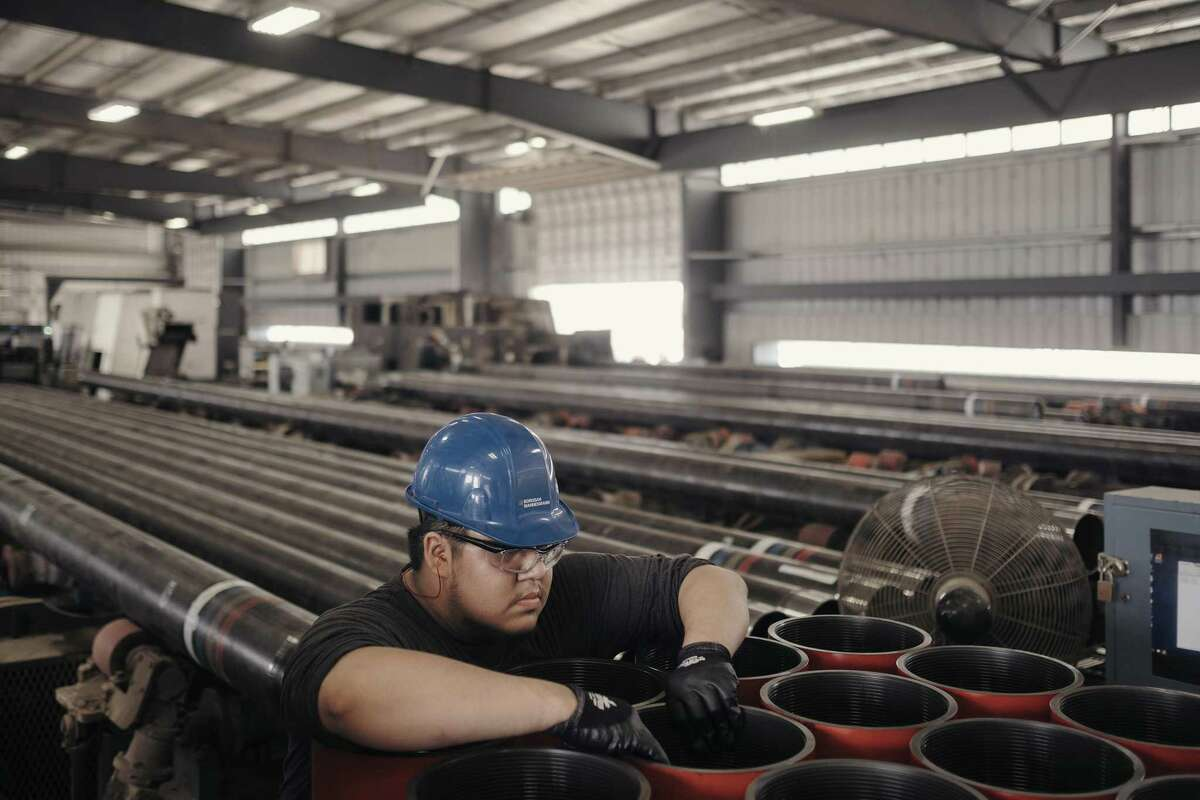 """A worker inspects pipe at the Borusan Mannesmann factory in Baytown, Texas, May 3, 2018. President Donald Trump?'s trade representative said ?""""gaping differences?"""" on rewriting the North American Free Trade Agreement remained, and the prospect of reaching an agreement on changes to the trade pact this year appear to have diminished significantly. (Todd Spoth/The New York Times)"""