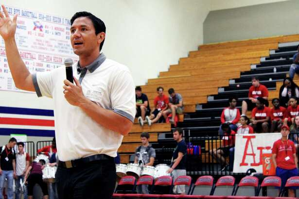 Former Houston Dynamo Player Brian Ching was the special guest at the Humble ISD Integrated Athletics Day. Ching gave some few encouraging words to the students before their indoor soccer tournament.