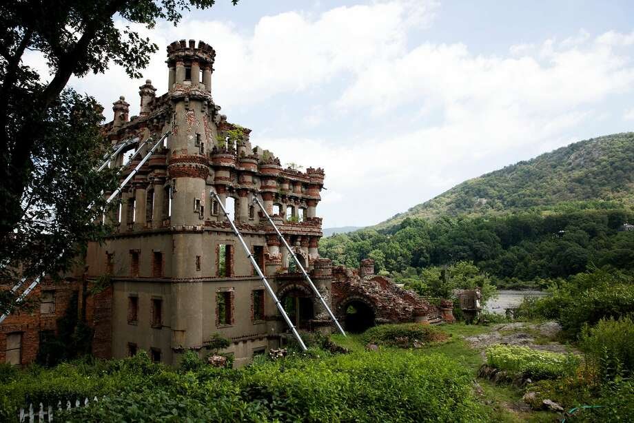 Bannerman Castle: Francis Bannerman VI, a 19th-century dealer in collectible weapons, used this island for his merchandise overstock, beginning construction of this unfinished castle in 1891. Long vacant and slowly falling apart, tours of the island now owned by the state are seasonally conducted. Photo: Archive