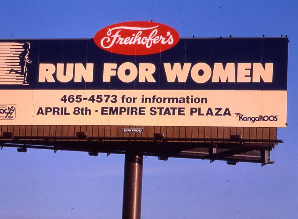 In 1981, the event was renamed the Freihofer's Run for Women. In a field of 1,025 participants in unseasonably hot weather, Nancy Conz of Easthampton, Mass. won the 10K (AAU) National Road Race Championship (34:57) and Diana Richburg, an emerging US track star and local high school track standout, took the 5K in 18:50