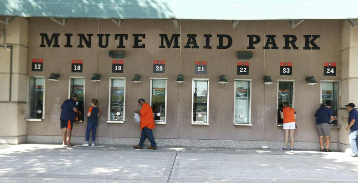Fans line up for tickets at Minute Maid Stadium Friday, May 11, 2018, in Houston. ( Steve Gonzales / Houston Chronicle )