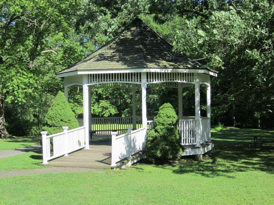 1. DARIEN. Population: 21,995; Violent crimes per 1,000: 0.05; Property crimes per 1,000: 11.00, according to SafeWise. (Here: A gazebo in Darien's Cherry Lawn Park) Photo: File Photo / Darien News