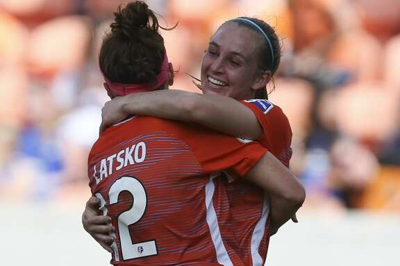 Houston Dash's Veronica Latsko (12) congratulates Kimberly Keever (18) for her goal during the first half of the season opener NWSL game against the Chicago Red Stars at BBVA Stadium on Sunday, March 25, 2018, in Houston. ( Yi-Chin Lee / Houston Chronicle )
