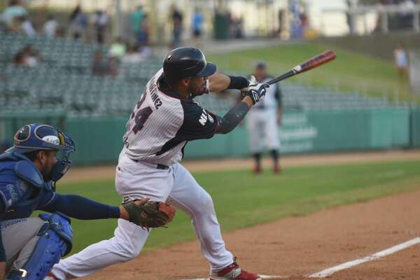 Third baseman Juan Martinez had a hit and a walk in the Tecolotes' 3-1 loss to Monclova Wednesday night.
