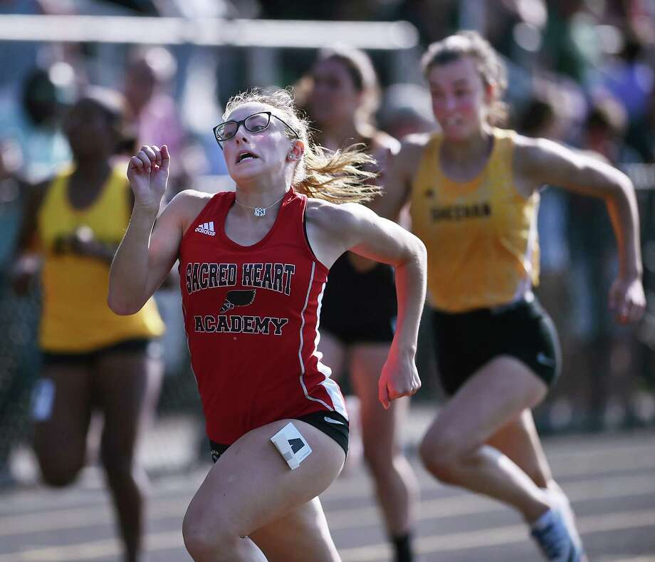 Sacred Heart senior Haley Bothwell placed fourth in the 100 and fifth in the 200 at the SCC track and field championship, Wednesday, May 23, 2018, at Amity Regional High School. Photo: Catherine Avalone / Hearst Connecticut Media / New Haven Register
