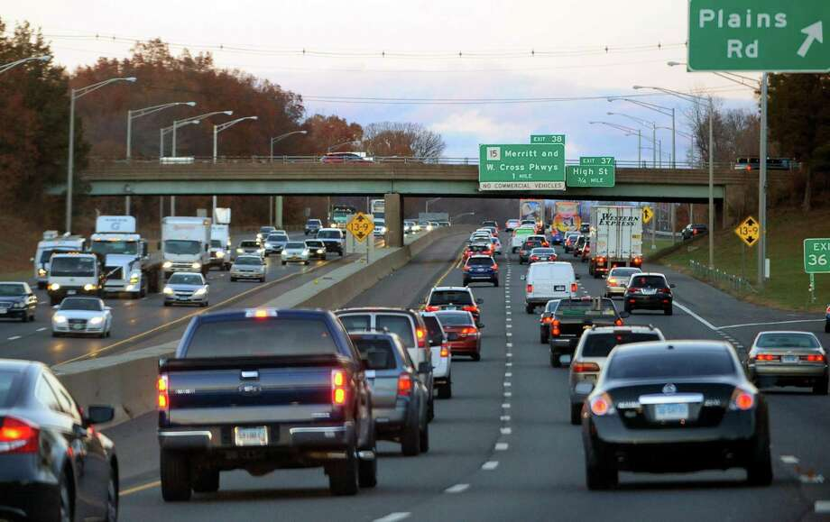 Because of the coronavirus pandemic, AAA expects fewer people will be traveling this Memorial Day holiday. Photo: Christian Abraham / Hearst Connecticut Media / Connecticut Post