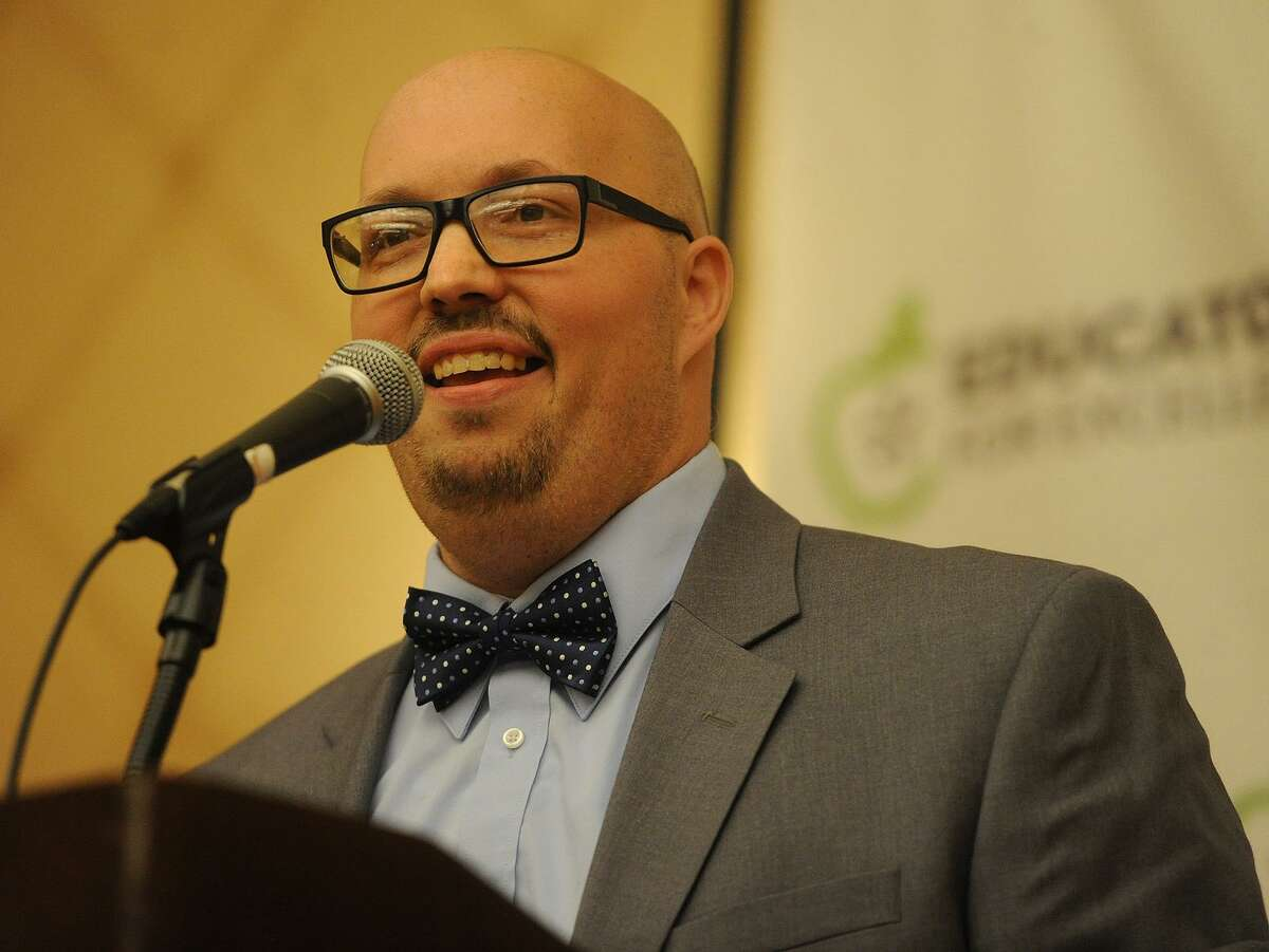 Bridgeport teacher Eric Torres delivers the keynote address at the Educators for Excellence forum at the Trumbull Marriott in Trumbull, Conn. on Wednesday, May 23, 2018.