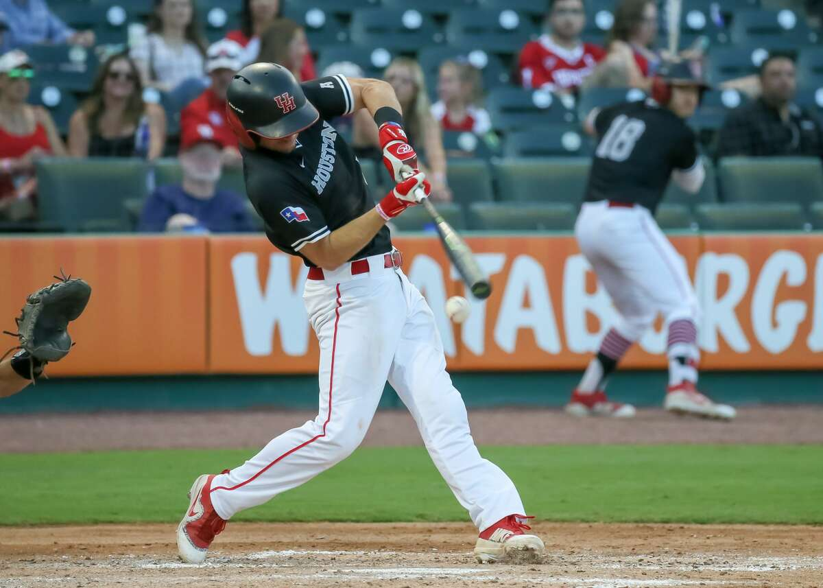Houston infielder Connor Hollis went 2-for-3 as the University of Houston clobbered Tulane 18-7 to remain alive at the American Athletic Conference tournament. (Photo by Leslie Plaza Johnson/Icon Sportswire via Getty Images)