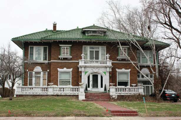 1029 St. Louis St.