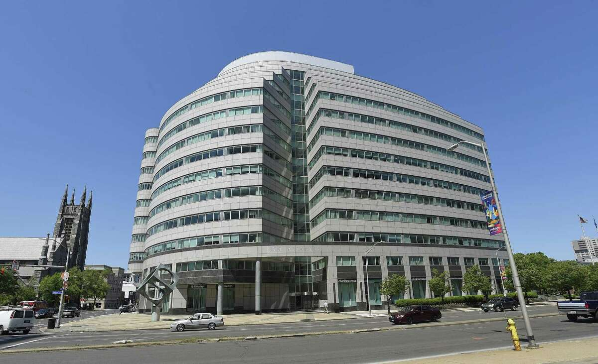 Professional-services firm PricewaterhouseCoopers LLC has announced plans to add hundreds of jobs in Connecticut and set up a new divisional headquarters at 300 Atlantic St., in downtown Stamford, Conn.