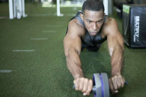 Fox 26 anchor Jonathan Martin does more core exercises in one session than most people do in a year.