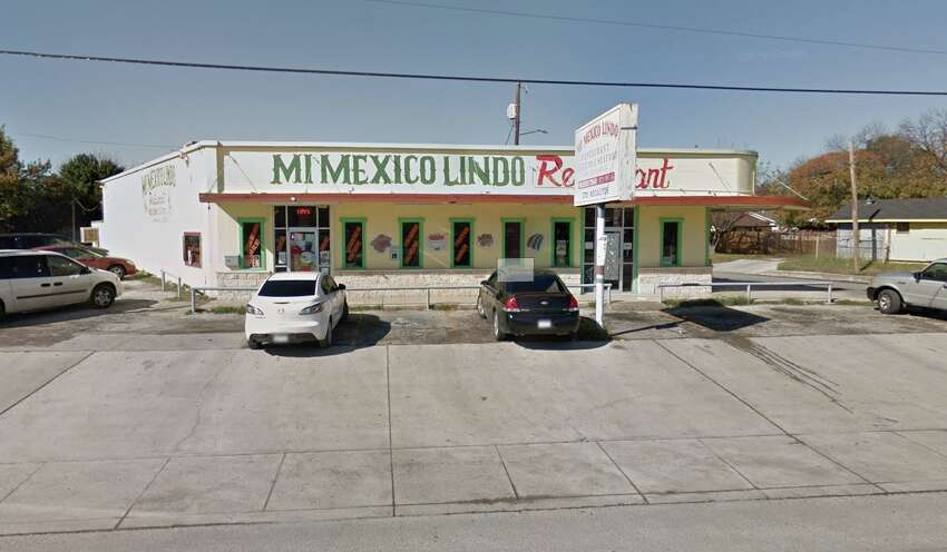 Mi Mexico Lindo: 3701 Nogalitos St. Date: 11/25/2019 Score: 84 Highlights: At time of inspection, hand sink was blocked by trash bin. Food in refrigerator, such as shrimp, beans, etc. is not covered. Observed employee drink at cold hold unit. Baking powder container used to store boiled red peppers.