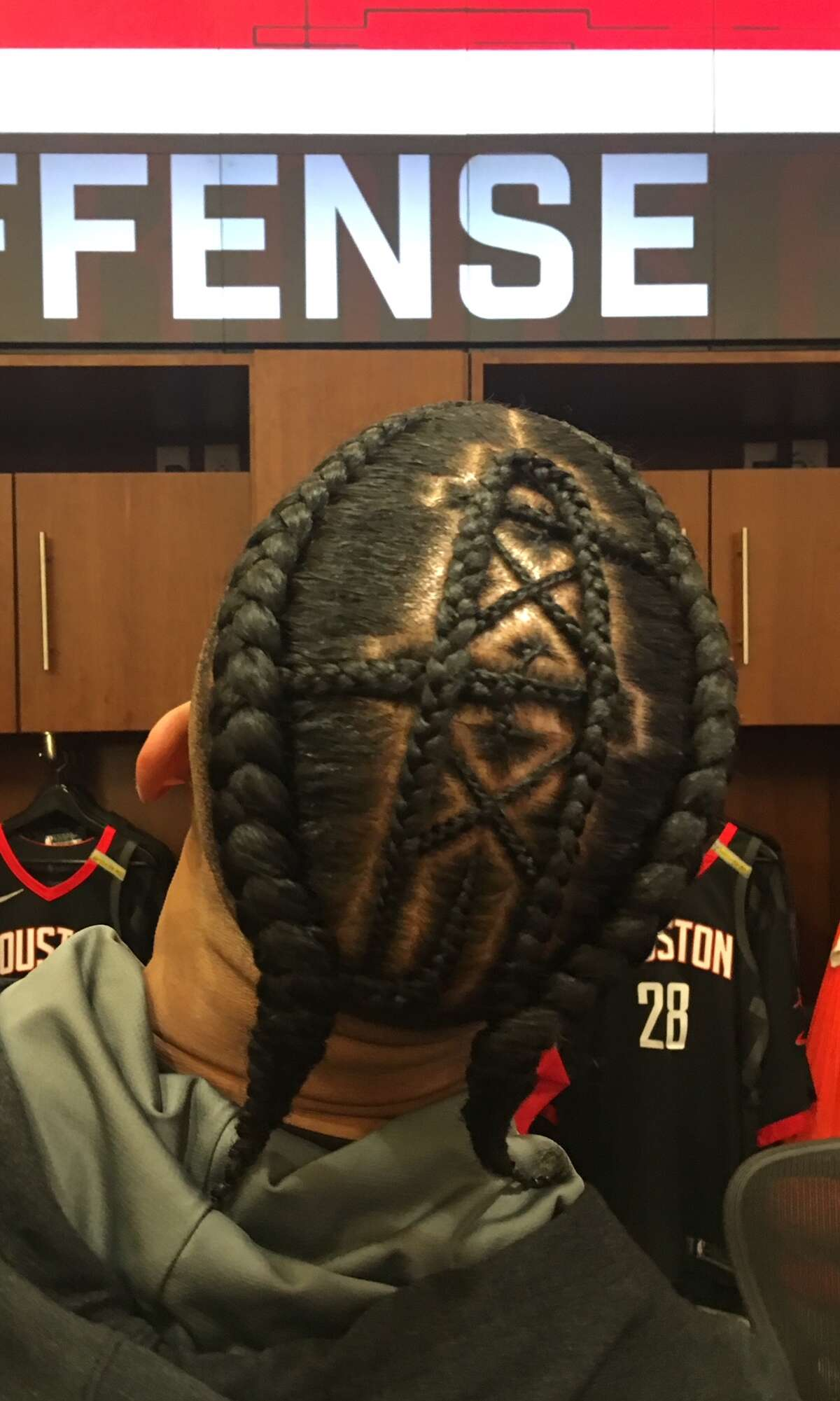 Rockets guard Gerald Green went old school on Thursday night, in sporting the long-gone Houston Oilers' derrick on his head for Game 5 vs. Golden State at Toyota Center.