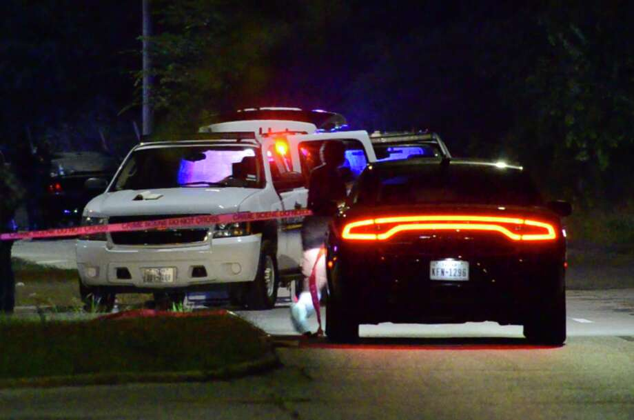 One person is dead and another is injured in related shootings in southeast Houston on Thursday, May 24, 2018. Photo: Jay R. Jordan