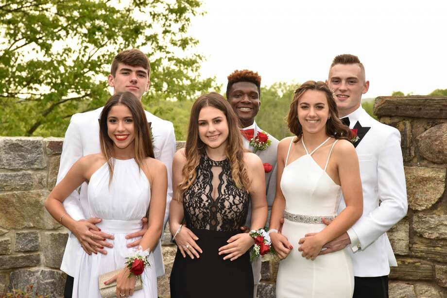 Bethel High School held its senior prom at Le Chateau in South Salem, NY on May 18, 2018. Were you SEEN? Photo: LifeTouch