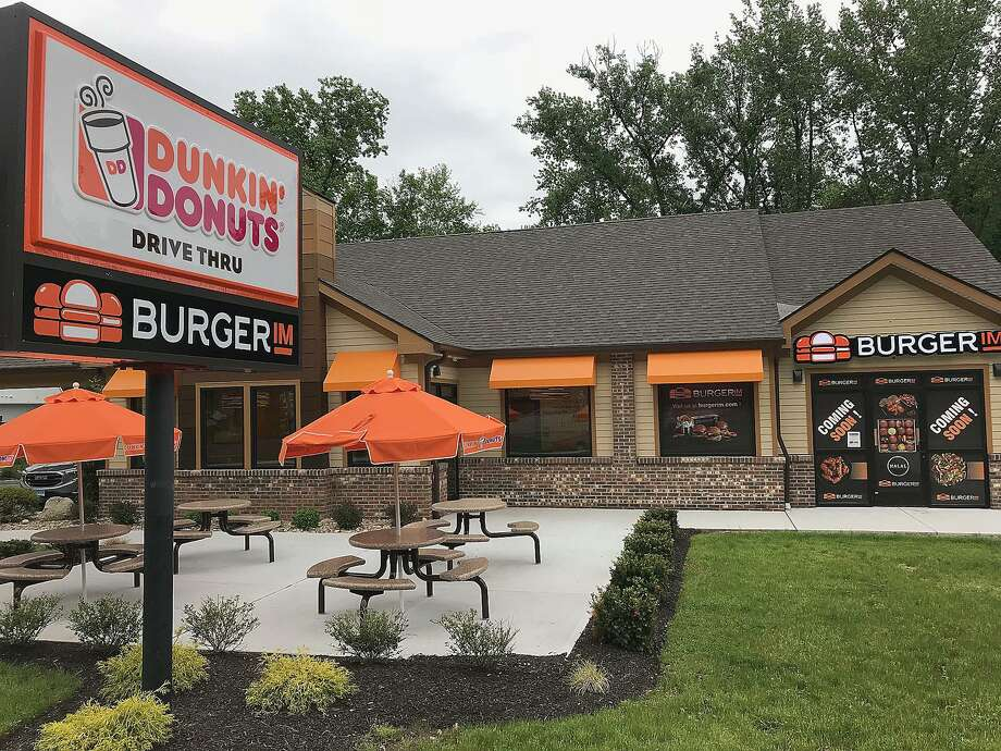Dunkin' Donuts at 7 Federal Road in Brookfield. Photo: Chris Bosak / Hearst Connecticut Media / The News-Times