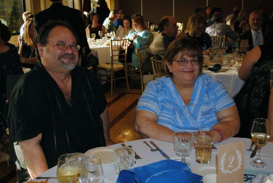 Mark Zaretsky and Lynn Schnier Photo: Viktoria Sundqvist / Hearst Connecticut Media