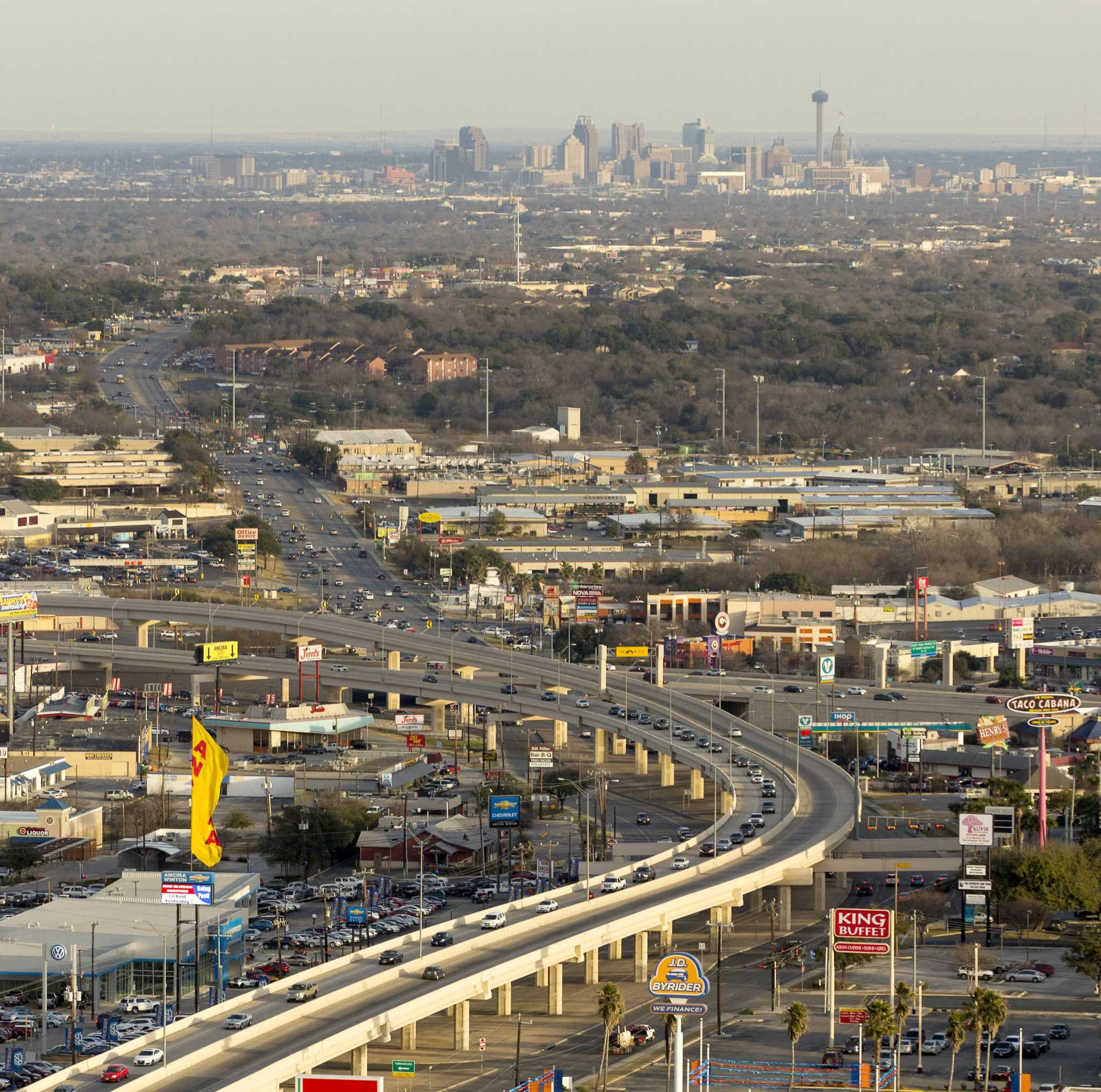 CPS Energy to intermittently close lanes of Loop 410 on Sunday