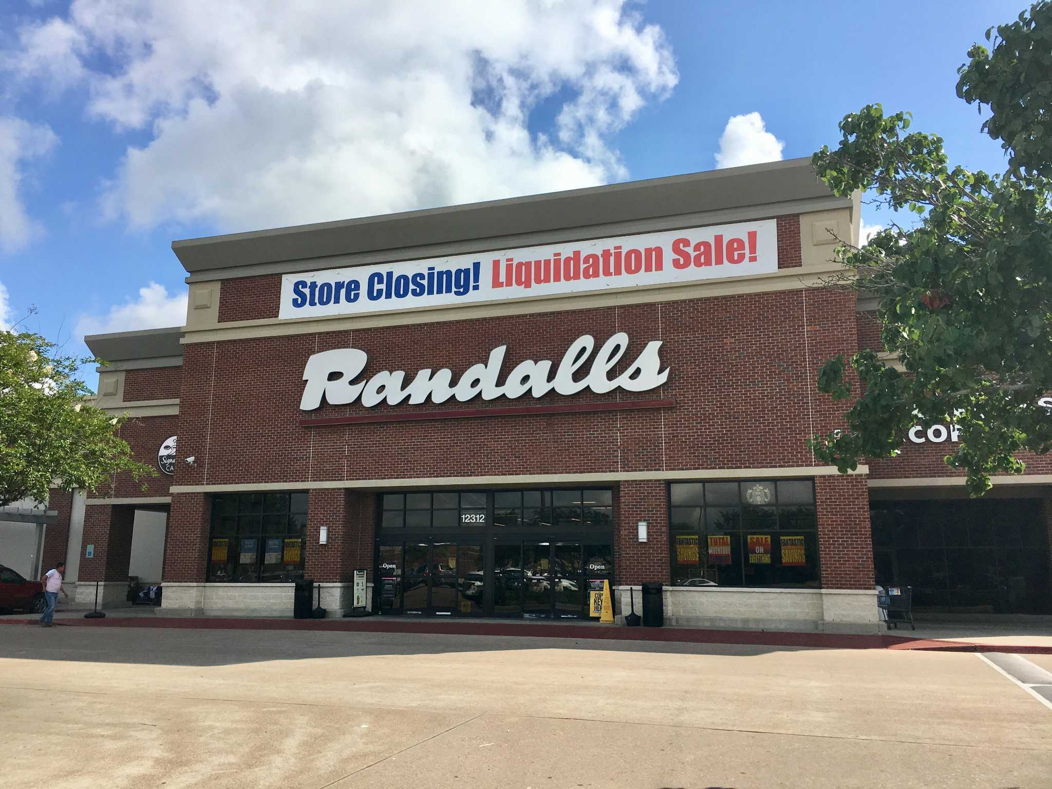 Randalls To Close Third Store Since April