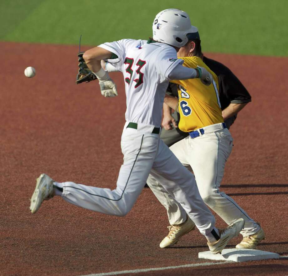 Ryan Solberg #33 of The Woodlands beats the throw to first  in the fourth inning of Game 2 during a Region II-6A semifinal series at Sam Houston State University, Friday, May 25, 2018, in Huntsville. Photo: Jason Fochtman, Staff Photographer / Houston Chronicle / © 2018 Houston Chronicle