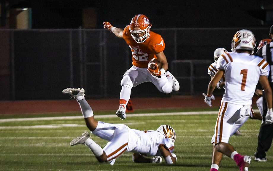 United running back Isaac Velazquez, LMT's Offensive MVP, will be featured on the West team. Photo: Danny Zaragoza /Laredo Morning Times File / Laredo Morning Times