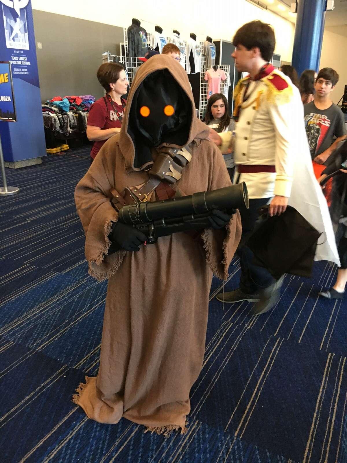 "A fan dressed as a Jawa, from ""Star Wars,"" at Comicpalooza."