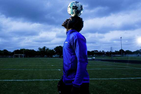 From early on in his life, Elsik forward Layee Kromah has had a head for the game of soccer. He helped lead the nationally top-ranked Rams to the Class 6A state championship last month.