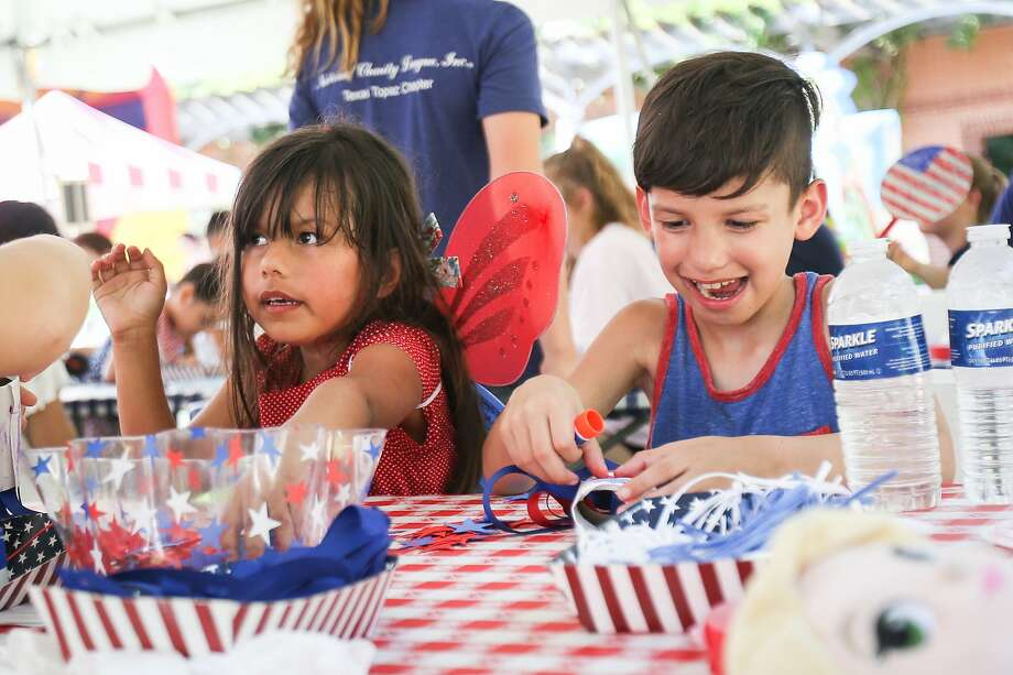 Click through the slideshow for suggestions by readers of Kristi Gustafson Barlette's blog for occasional or short-term summer activities for children in the Capital Region. Photo: Michael Minasi, Houston Chronicle