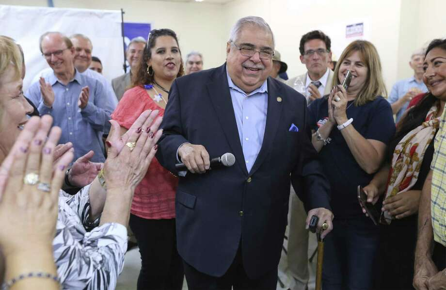 Bexar County Commissioner Paul Elizondo  thanks supporters after seeing election results in his favor on Tuesday, May 22, 2018. Elizondo faced challenger Queta Rodriguez for the Democratic nomination. Photo: Kin Man Hui /San Antonio Express-News / ©2018 San Antonio Express-News